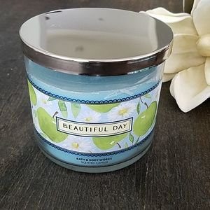 💙 Bath and Body Works Candle 🔥